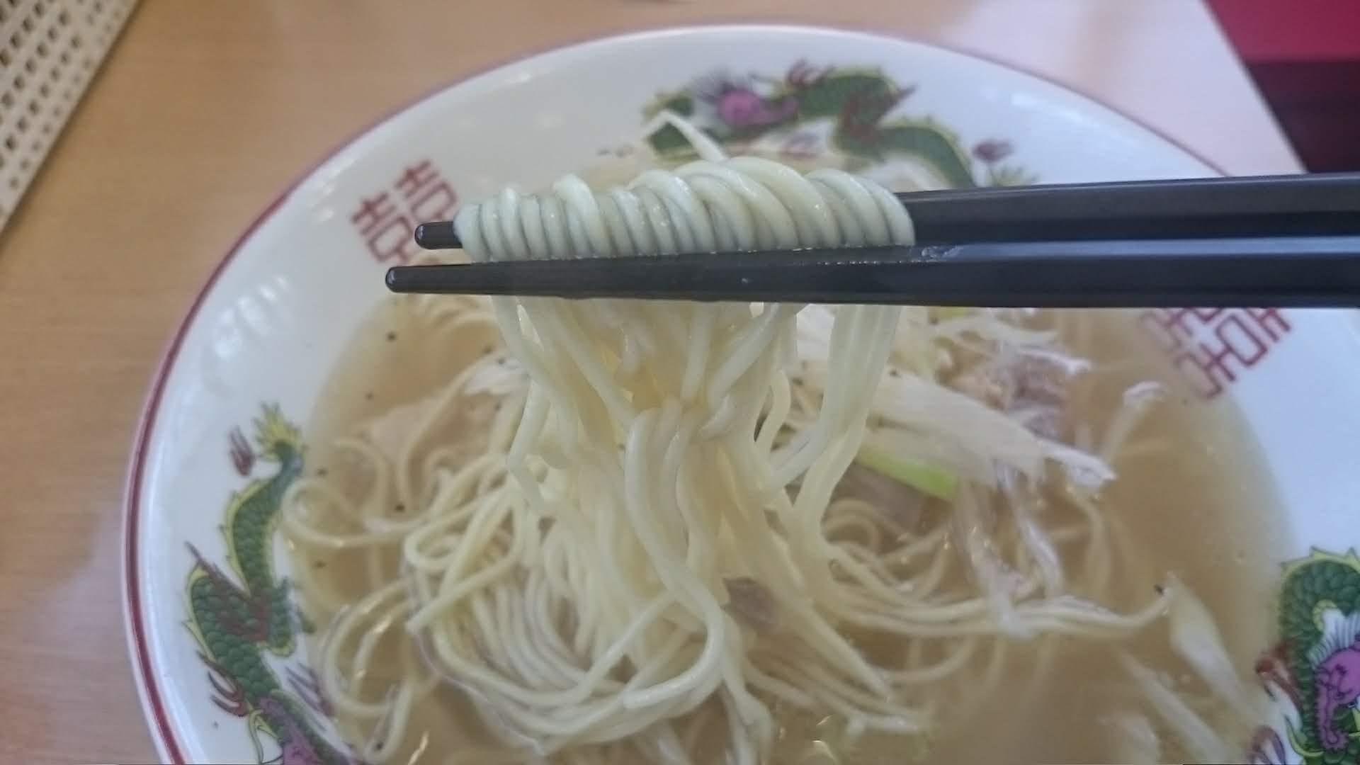 博多金龍-ネギ豚上湯麺の麺