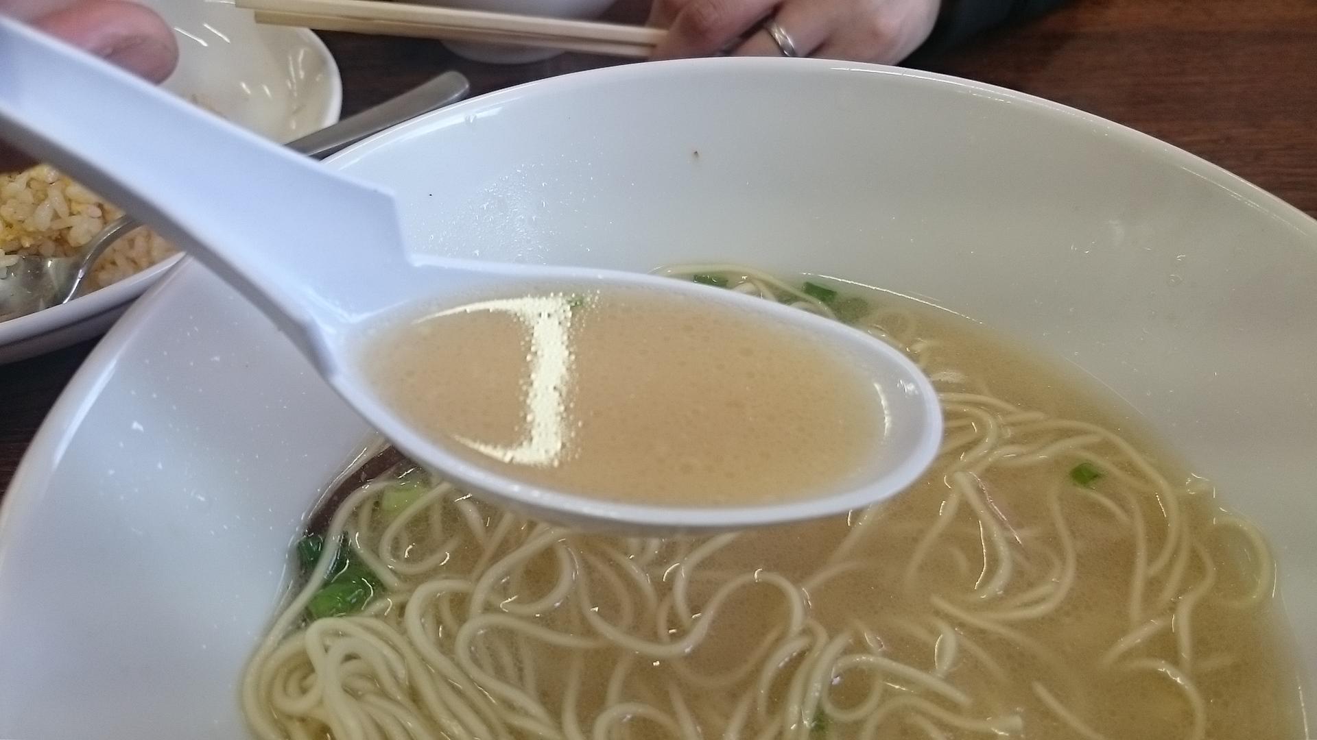麺心のとんこつスープ